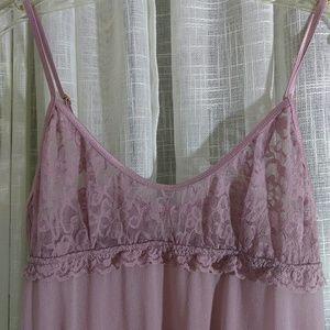 Victoria's Secret size m / m mauve negligee